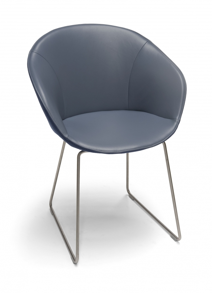 Eettafelstoel Met Leuning.Dolce Eetkamerstoel Met Armleuning Hulshoff Design Hulshoff